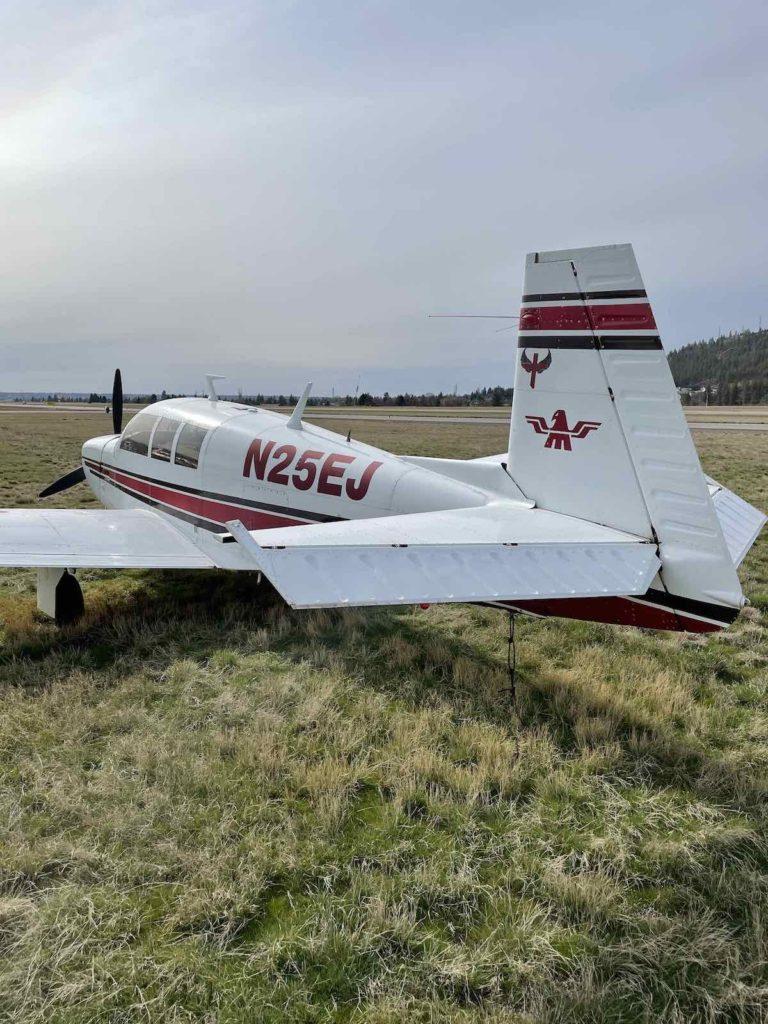 PA-24-250 tail